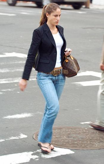 牛仔裤&牛仔裙搭配红黑榜