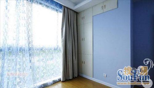 只是以,家具,窗帘等来营造欧式的氛围.