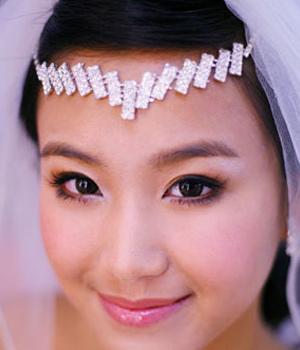 高贵华丽 璀璨头饰新娘发型闪亮登场图片