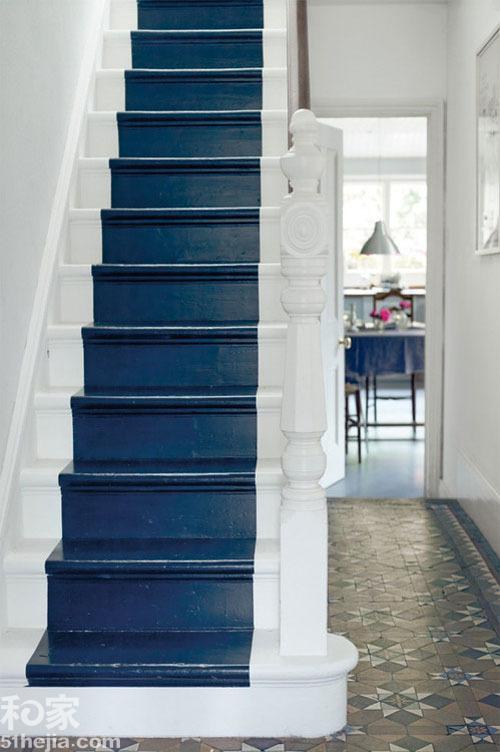 频道首页 施工攻略 >> 跃层楼梯木地板铺装 13个必看小建议!
