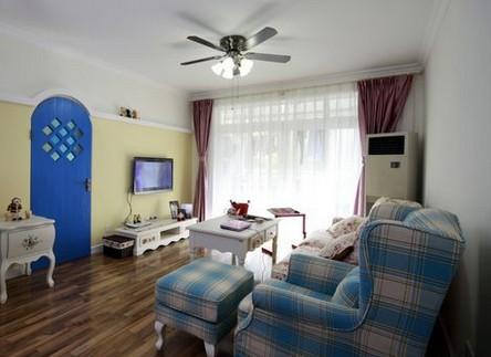 蓝白超豪华欧式别墅客厅
