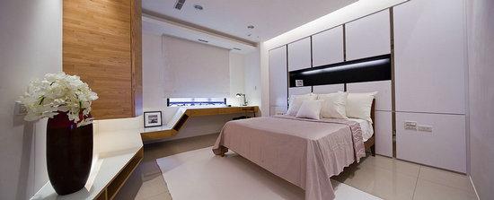 床头连做衣柜效果图
