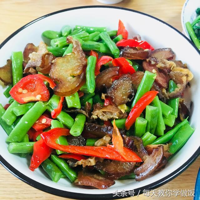合理搭配的家常菜是要吃肉也要吃菜!